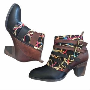 Like New- L'Artiste Leather Textile Ankle Boots